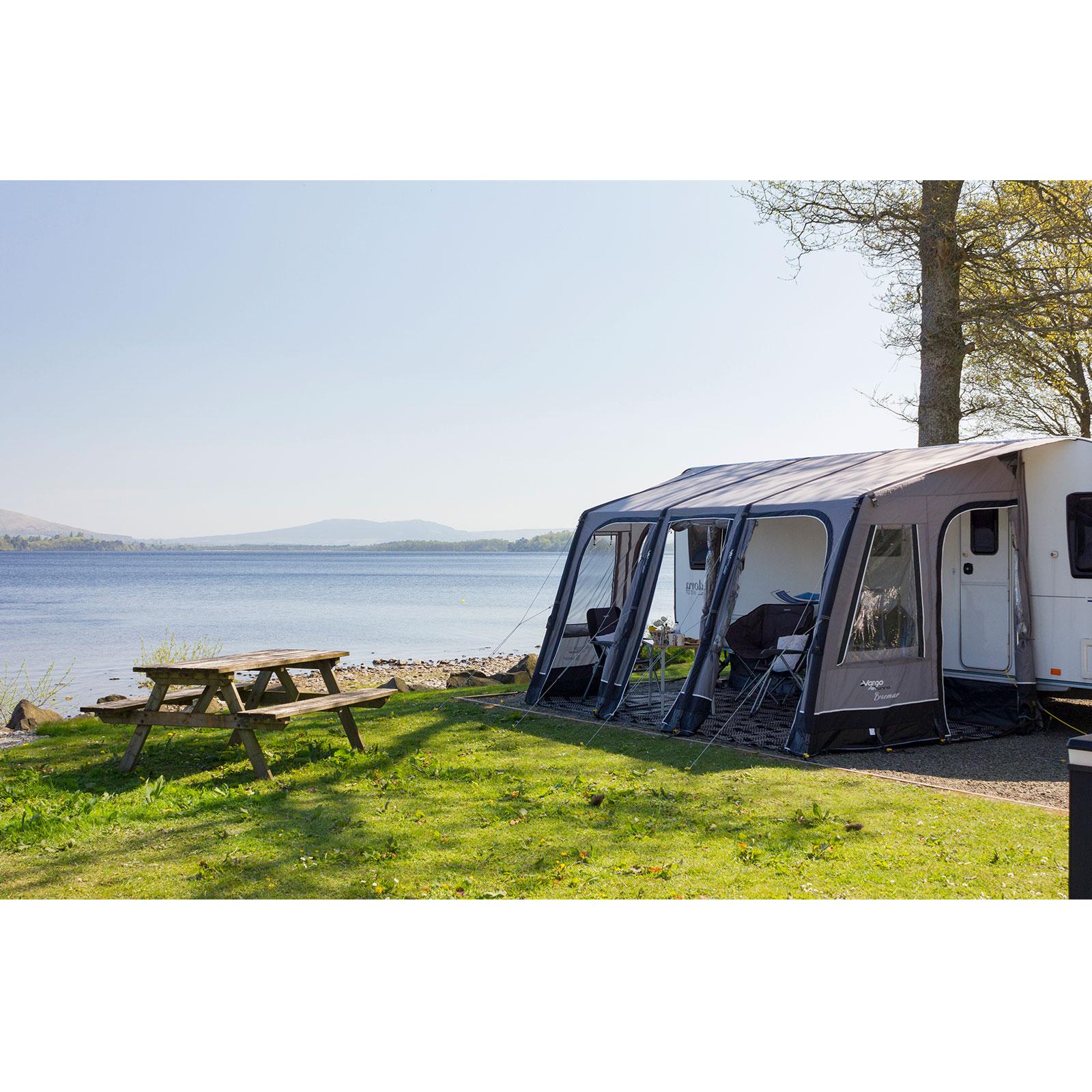 vango braemar 300 wohnwagen vorzelt aufblasbares caravan. Black Bedroom Furniture Sets. Home Design Ideas